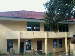 Madrasah secara utuh terdiri atas 6 ruangan
